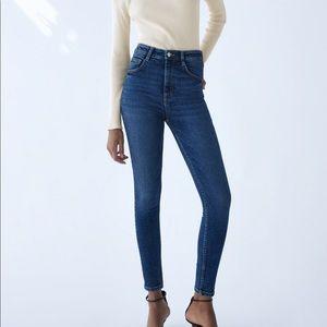 ZARA High Rise Ankle Length Skinny Jeans Sz 8